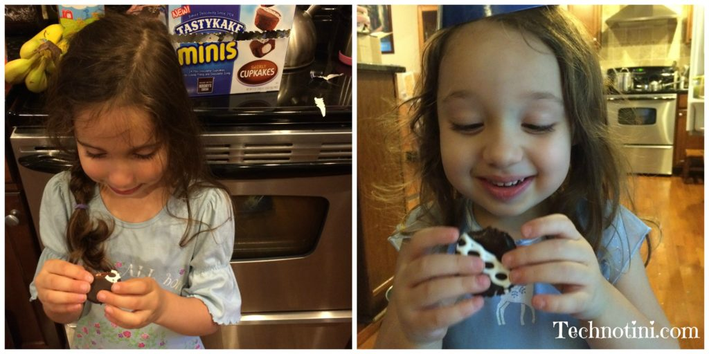 Sometimes you discover that a cupcake is more than just a cupcake. I realized TastyKakes remind me of my family and the American dream. And I also discovered the new TastkyKake Minis are only 1.5 Weight Watcher Points! Feel good and taste good food!