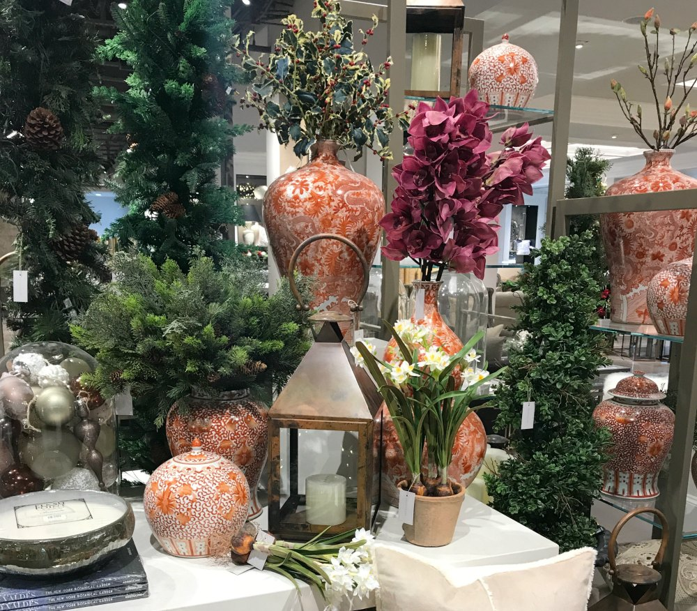 Learn what's trending in Fall and holiday décor this season. From cozy Hygge, to festive metalics, there are so many ways to make this season festive. I've got you covered with plenty of tips and tricks to make it easy, elegant, and even whimsical.