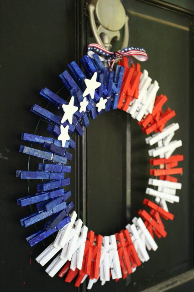 How to Make a Simple Patriotic American Flag Wreath - Our